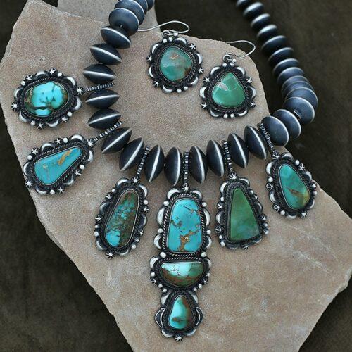 roystn turquoise necklace set